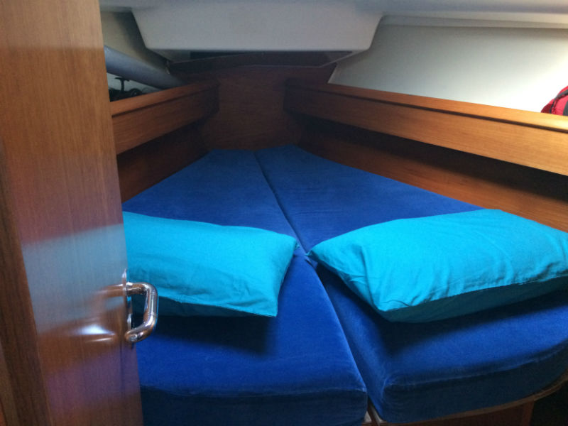 Picture of bow cabin on Nomad 1